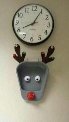Bed pan Rudolph...love it!