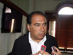 Exigen a Figueroa  Smutny y a Astudillo Flores que no sigan dividiendo al PRI - http://notimundo.com.mx/politica/exigen-figueroa-smutny-astudillo-flores-sigan-dividiendo-pri/10092