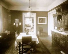 1910-es évek. Pesti polgári lakás Budapest, Hungary, Dining Table, Furniture, Home Decor, Decoration Home, Dinning Table Set, Home Furnishings, Interior Design
