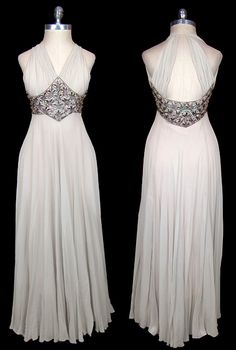 Two-toned silk chiffon gown (TheFrock.com)