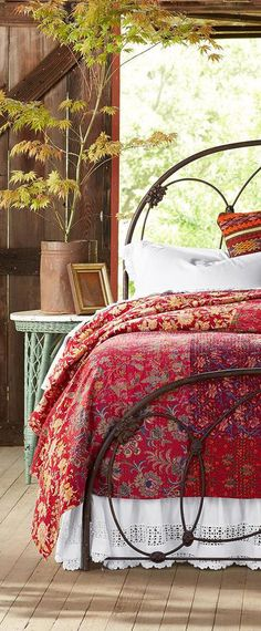 Red Floral Quilt Bedding