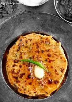 Aloo Paratha aka Potato stuffed Indian flat bread – Every Indian's favorite – Zaika Zabardast Veg Recipes, Indian Food Recipes, Vegetarian Recipes, Cooking Recipes, Ethnic Recipes, Appetiser Recipes, Indian Foods, Indian Snacks, Cooking Ideas