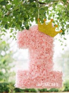 Numéro un Pinata Light Pink Rose Petals Look Fluffy Birthday Pinata, Baby 1st Birthday, Princess Birthday, First Birthday Parties, Birthday Party Decorations, Light Pink Rose, Minnie Mouse Party, 1st Birthdays, Artisanal