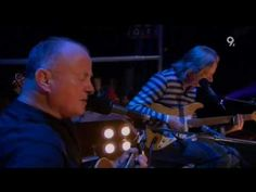 Christy Moore - Ride On (Live Jools Holland 2006).