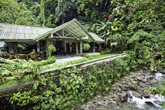 small hotel Canopy Lodge Panama is a charming small hotel built next to a lovely mountain stream and adjacent to the protected area of Cerro Gaital Natural Monument. Dream Book, Panama City Panama, Rustic Industrial, Luxury Life, Lodges, Swimming Pools, Architecture, House Styles, Building