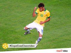 #UnidosPeloFutebol Brasil e Camarões estão prontos para entrar em cena. Quem acredita que Neymar será o super herói do dia?