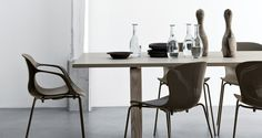 Nap chairs and Essay table   Fritz Hansen