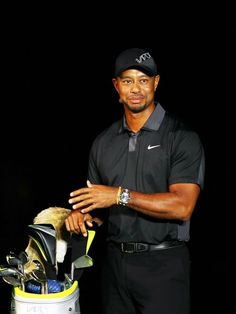 Tiger Woods, Phil Mickelson, rule change top 2015 story lines Read more: http://www.usatoday.com/story/sports/golf/2015/01/06/pga-tour-golf-tiger-woods-phil-mickelson-rory-mcilroy-billy-horschel/21337357/