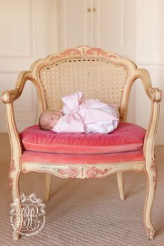 Though this is ridiculously expensive for a swaddle, I do think it would make adorable newborn pictures!  Bow Swaddle | The Beaufort Bonnet Company
