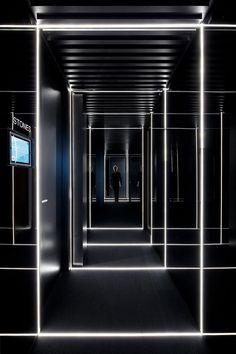 49 Beautiful Corridor Lighting Design For Perfect Hotel Corridor Lighting, Interior Lighting, Lighting Design, Club Lighting, Strip Lighting, Light Architecture, Architecture Design, Design Architect, Skyline Von London