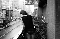 """themaninthegreenshirt: """" The Hotel Chelsea Anita! Soon this Chelsea Hotel Will vanish before the city's merchant greed, Wreckers will wreck it, and in its stead More lofty walls will swell """" da auch schon übernachten… sehr cool. Chelsea New York, Chelsea Hotel, Purple Diary, Chelsea Girls, Patti Smith, Tumblr, Cheap Hotels, Girl Photography, Digital Photography"""