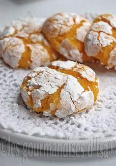 Les gourmandises d'Isa: BISCUITS CRAQUELÉS AU CITRON ET À LA NOIX DE COCO