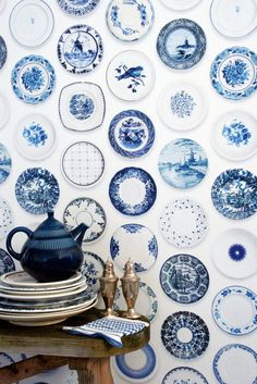 Blue Porcelain wall covering by Studio Ditte