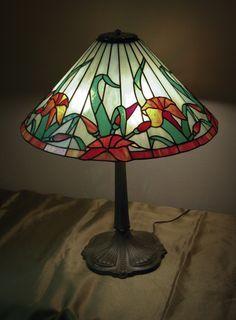 Resultado de imagen de stained quarri gardenstained glass pattern