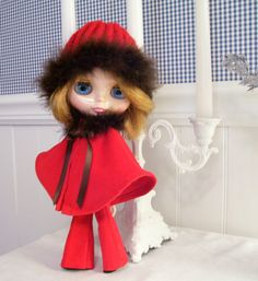 Blythe....Blythe Outfit....Pants, Cape and Hat All in Red Corduroy and Brown Boa...CUTE. $24.00, via Etsy.