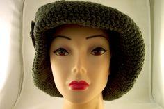 Lana lavorata a Crochet con inserto in ceramica Raku € 38.90  http://www.forgiatoredielementi.it/gallery-container.php?type=filati-e-ceramica