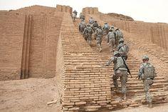 File:US Soldiers climbing the Ziggurat of Ur.jpg