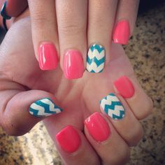 Summer chevron nails