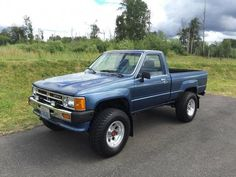 1988 Toyota 4x4 Single Cab Pickup Truck For Sale $11,900 Under 50k Original Miles Toyota Autos, 2010 Toyota Tacoma, Toyota Pickup 4x4, Toyota Hilux, Suv 4x4, Toyota Trucks For Sale, Pickup Trucks For Sale, Mini Trucks, 4x4 Trucks