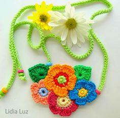 Lidia Luz: Leve, colar de crochê
