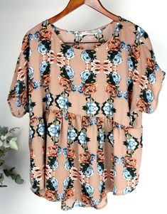 cc1685d89d1 LOVE 21 Ladies - Size L - Beige Floral Short Sleeve Boho Loose Fit Blouse  Top