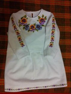 (8) Однокласники Children Outfits, Baby Dress, Creativity, Cross Stitch, Traditional, Sweatshirts, Sweaters, Handmade, How To Wear