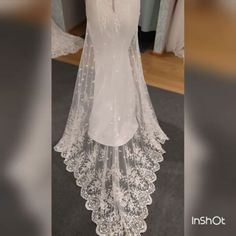 La Belle  2017 #La Belle 2017#labelle #lace #swarovskicrystals #dress #weddingdress #wedding #bride #sukniaślubna #salonslubny #rzeszów #najpiekniejsza #pannamloda #slubne #design #handmade #white #bestdress #gown #bridal #bridalgown # handmade #cristal #Princessa #ślub #ślubna #suknia #myday #white#newcollection#rzeszów#
