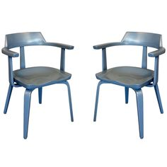 "Pair of ""W199"" Armchairs by Walter Gropius 1"