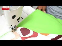 Edredón con Caída a los costados - Maquina Recta | TIPS DE CONFECCIÓN - YouTube Plastic Cutting Board, Tote Bag, Videos, Youtube, Scrappy Quilts, Quilt Cover, Bedspread, Fitted Sheets, How To Sew