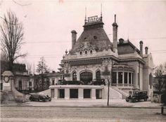O bucată din Bulevardul Magheru, fotografiată din același unghi la 80 de ani distanță - Bucurestii Vechi si Noi Paris, Bucharest Romania, Vintage Architecture, Old Buildings, Old City, Cinema, Abandoned Places, Time Travel, Old Houses