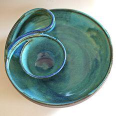 Poterie et céramique de puce et Dip, plat en céramique à la main,