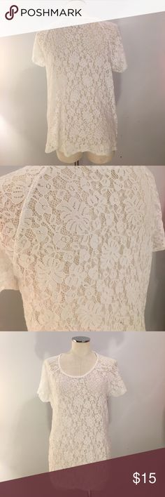 Vince Camuto Lace tee Like new condition. Will consider reasonable offers. Bundle and save!! No trades. Two by Vince Camuto Tops Tees - Short Sleeve