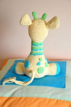 Arafa, la jirafa bebé   Chica outlet Maya, Crochet Dolls, Free Pattern, Dinosaur Stuffed Animal, Crafts For Kids, Baby Shower, Embroidery, Blog, Outlet