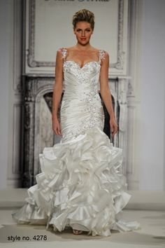 Bridal Gowns: Pnina Tornai Mermaid Wedding Dress with Sweetheart Neckline and Dropped Waist Waistline How To Dress For A Wedding, Wedding Dress 2013, Amazing Wedding Dress, Wedding Dresses Photos, Bridal Wedding Dresses, Wedding Dress Styles, Prom Dresses, Pnina Tornai Dresses, Beautiful Dresses