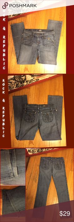 """SZ 26-ROCK & REPUBLIC STRAIGHT LEG JEANS-28"""" LONG UNIQUE 5 POCKET ROCK & REPUBLIC JEANS.  SZ 26 WAIST. 28"""" LONG; RISE LOW 7"""". ACTUAL MEASUREMENTS LYING FLAT: 14.5"""" WAIST; HIPS 16.25"""". SOME STRETCH: 98% COTTON/ 2% ELASTANE. MEDIUM DISTRESSED BLUE DENIM. """"GWEN"""" CUT. OVERALL GREAT CONDITION! RETAIL $149. ** FLAW ( shown ) PULL BACK CALF. PLEASE DO NOT HESITATE TO ASK ANY QUESTIONS! #unique #rock&republic #straightleg # jeans Rock & Republic Jeans Straight Leg"""