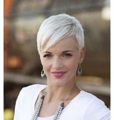amazing haircuts 10 popular haircuts for white hair http www 4496