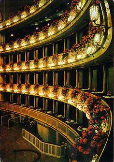 [Wien: Staatsoper] - theatre in Vienna