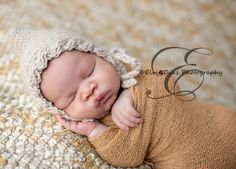Image of Cable Brimmed Newborn Baby Bonnet