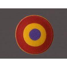 Parche Redondo Símbolo de la Aviación Republicana  Parche Republicano redondo,  símbolo de la Aviación Republicana, bordado con los colores de la Bandera Republicana. Parche bordando de gran calidad y gran contraste, termo adhesivo, y en dimensiones especiales. Dimensiones aproximadas: 7,5cm. de diámetro.