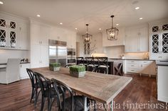 This is my layout idea! Open concept, kitchen and dining room - love the really tall cabinets.veranda interiors: Past work Kitchen Desks, White Kitchen Cabinets, New Kitchen, Kitchen Dining, Glass Cabinets, Taupe Kitchen, Tall Cabinets, Kitchen Rustic, Family Kitchen
