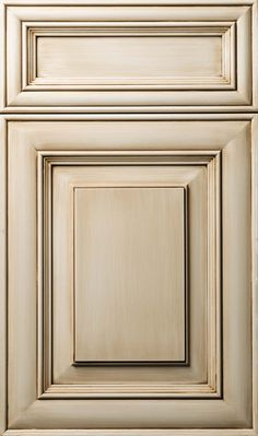 Kitchen Cupboard Door Concepts as well as Layouts The Ultimate Guide kitchen cabinet doors not closing tips for 2019 - White N Black Kitchen Cabinets Kitchen Cabinet Door Styles, Glazed Kitchen Cabinets, Kitchen Cupboard Doors, Painting Kitchen Cabinets, Kitchen Paint, Kitchen Redo, Cabinet Doors, Kitchen Design, Whitewash Cabinets
