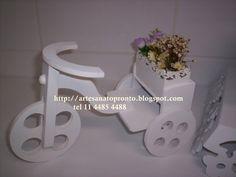 TRICICLO PROVENÇAL R$ 45,00 os vasinhos flores não acompanham