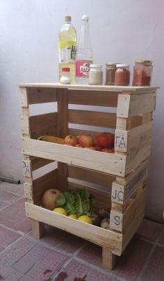 Wood Pallet Furniture, Wood Crates, Recycled Furniture, Trendy Furniture, Home Decor Furniture, Cool Furniture, Cosy Kitchen, Home Decor Kitchen, Home Room Design