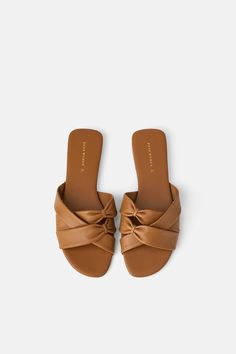 5739e844881 Brown flat leather sandals from Zara Brown Flats