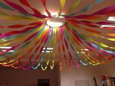 Crepe paper is the basis of the carnival party. Grateful material because it - heart - Crepe paper is the basis of the carnival party. Grateful material because it - School Decorations, Birthday Party Decorations, Party Themes, Birthday Parties, Crepe Paper Decorations, Streamer Decorations, Decorating With Streamers, Streamer Ideas, Crepe Paper Streamers