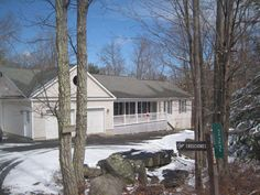 METICULOUSLY MAINTAINED, CUSTOM BUILT POCONO MTN.HOME LOCATED IN ONE OF THE MOST AMENITY FILLED COMMUNITIES IN THE NORTHERN POCONOS. THIS 3 BED, 2 BATH RANCH OFFERS EVERYTHING YOU COULD POSSIBLY NEED. HOT WATER HEATING SYSTEM WITH CENTRAL AC. GREAT KITCHEN WITH A 5 BURNER GAS STOVE & DOUBLE OVEN. FULL WALK OUT BASEMENT FOR FUTURE EXPANSION. 3 ZONE HEATING & A WATER FILTRATION SYSTEM INSTALLED ON THE MAIN WATER SUPPLY. DON'T MISS THIS ONE!
