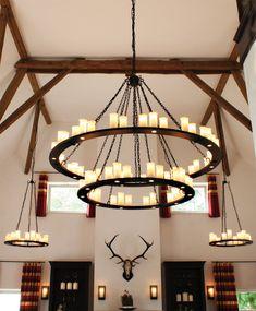 Schmiedeeisen-Leuchter mit Downlights HL 2431 von  Robers Leuchten, Bild 17: Die mächtige, 65-flammige Ausführung HL 2500 des geschmiedeten Leuchters in Alt-Schwarz matt (bitte anfragen)