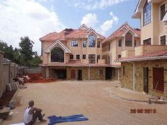 5 bedroom Townhouse to rent in Lavington for Ksh 270 000 with web reference 101593404 - Property 24 Kenya