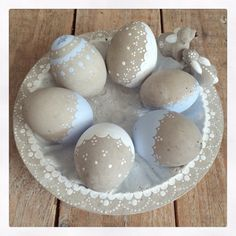 Here you will find an overview of all Easter creations, which we have in the v . Ostergeschenk Diy, Diy Ostern, Grenade, Easter Crafts, Special Occasion, Creations, Bunny, Crafty, Spring