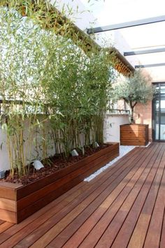 HomelySmart | 20 Cool Balcony Hangouts That You Might Want To Steal